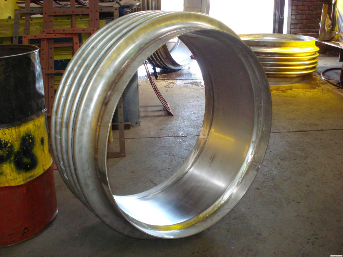Metallic Expansion Joint Construction